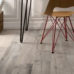 grey woodlook tile